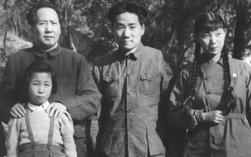 毛泽东珍藏生活照