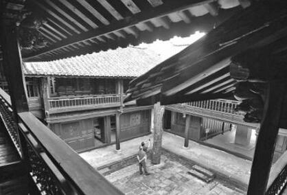 纪念全民族抗战爆发77周年 央视航拍松山抗战遗址