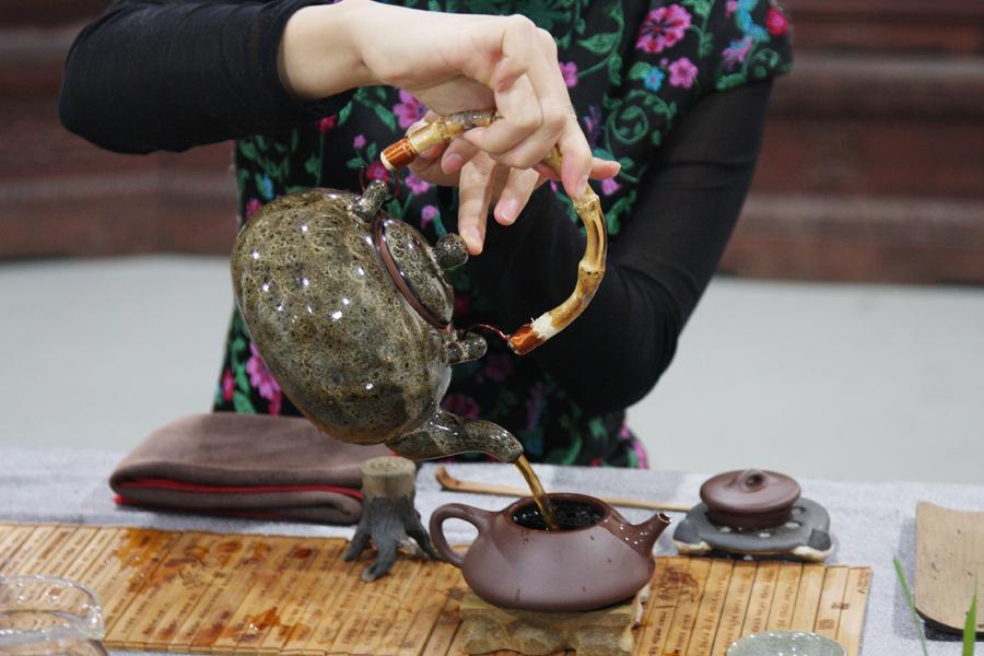 舌尖上的艺术——普洱茶茶艺表演
