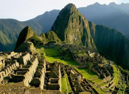 让人叹为观止的世界十大神秘历史遗迹