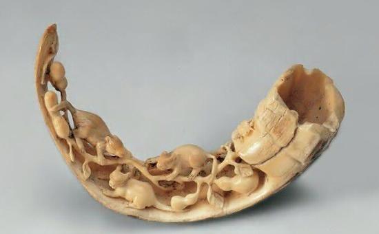 牙雕艺术品收藏备受推崇