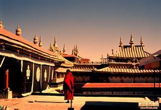 """内蒙古大昭寺举办法会为""""佛缘之路""""加持祈福"""