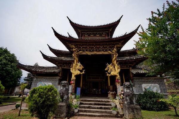 """缅甸回国僧人的""""一人寺院"""""""