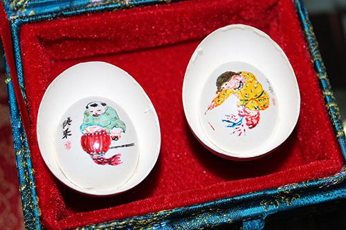 彩蛋三绝 锦绣成双——赵伟和她的彩蛋艺术