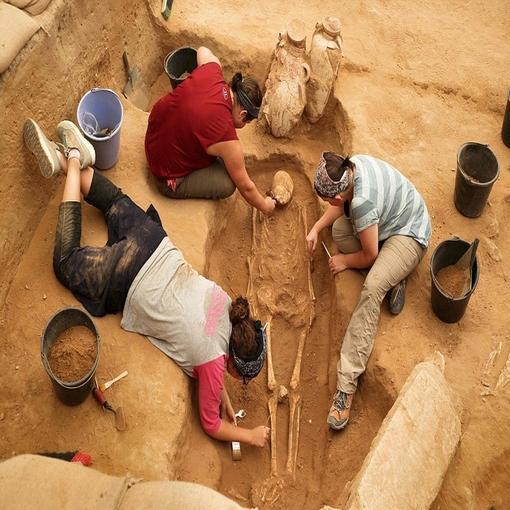 以色列挖掘出非利士人古墓 或解开圣经中千古谜团