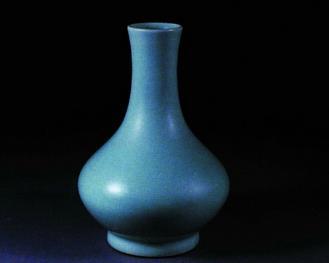 细节:陶瓷藏品的保养