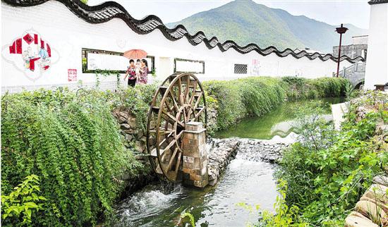 [湖州]安吉历史悠久古村落 穿村小溪清澈见底