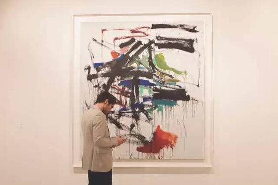 画廊的新挑战:如何保持已故艺术家的市场鲜活度