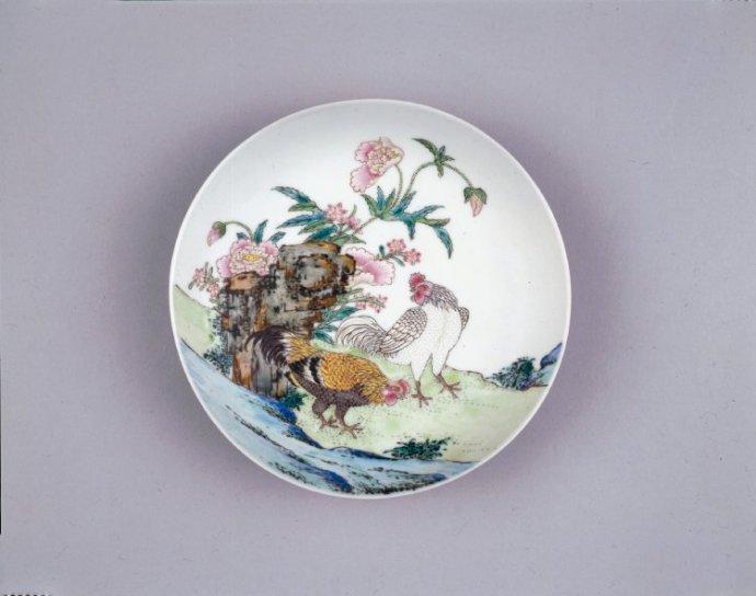 大英博物馆藏清乾隆粉彩瓷