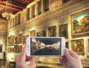 """美术馆的""""数字化生存"""""""