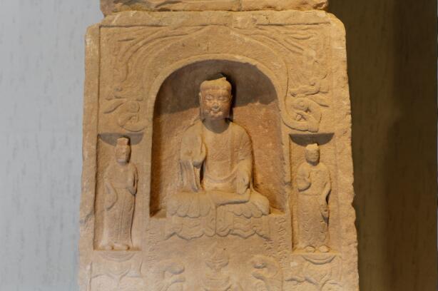 南涅水石刻造像群:7个时代521年的民间石刻积淀