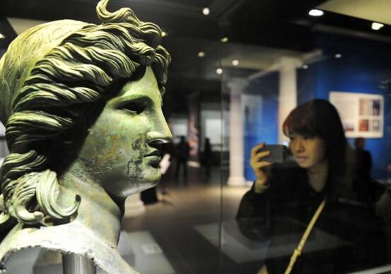 河北博物院首次举办大规模国外文物精品展