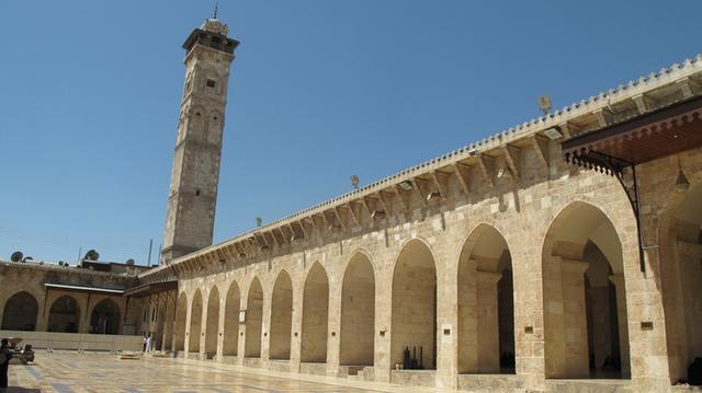 被炸毁前的阿勒颇倭马亚大清真寺-图片版权归原作者所有