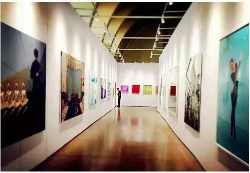 中国艺术品市场 为何有高原无高峰?