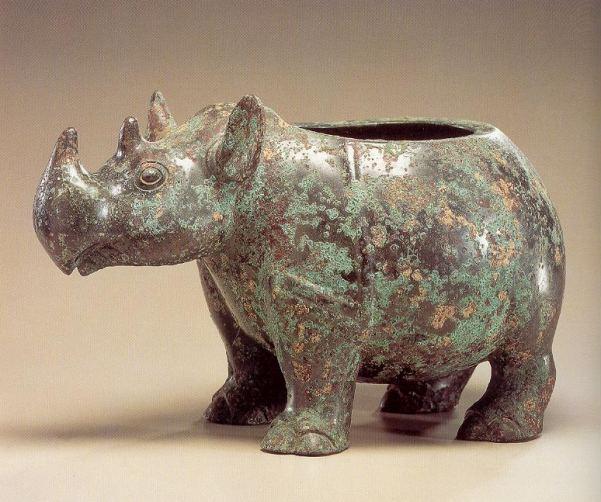 青铜器里的动物造型
