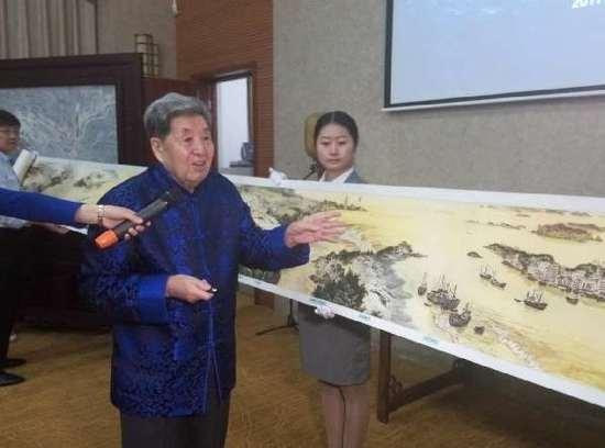 李海涛先生现场讲解《海疆万里图》-图片版权归原作者所有