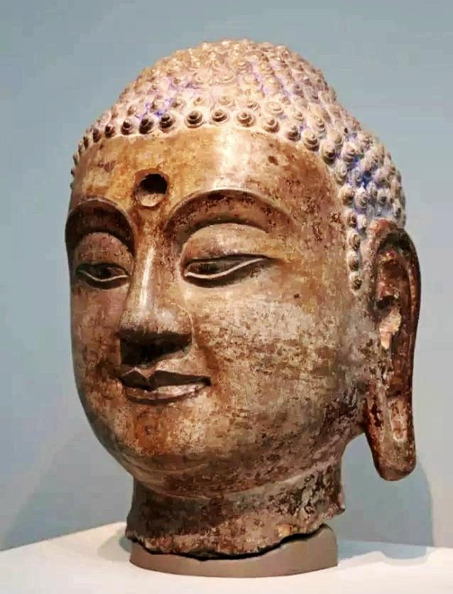 美国弗利尔美术馆藏中国古代造像