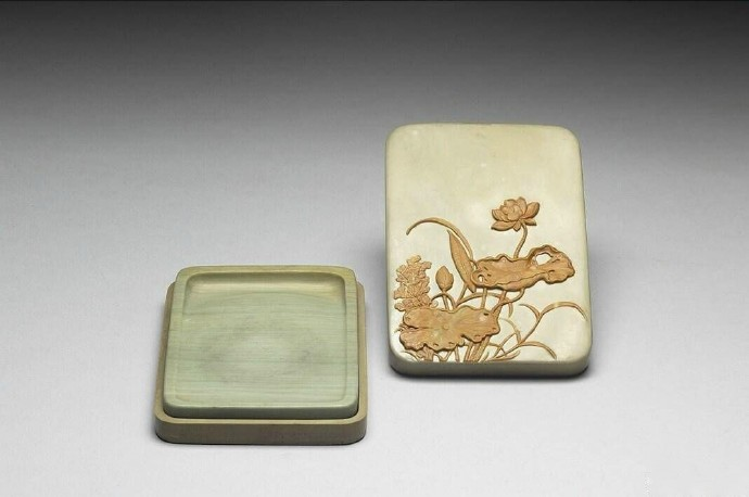 台北故宫博物院清代松花石砚
