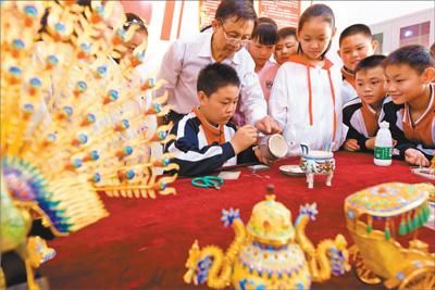 非物质文化遗产花丝技艺冀州传承人走进校园