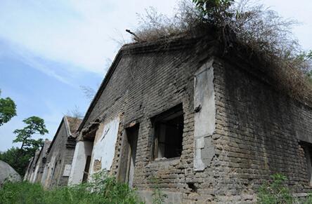 日军居住旧址挂牌文物保护单位 如今破败不堪无人问津