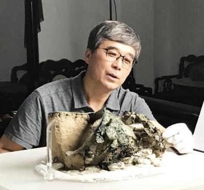 陕西专家揭秘萧后冠考古与保护