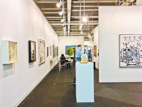 巴塞尔大红鹰国际娱乐城展稳步发展 亚洲画廊表现活跃