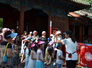 亲子互动 体验中国传统文化