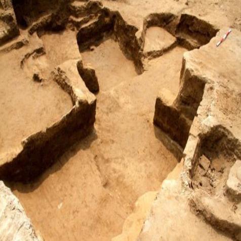 秦都咸阳城遗址发现民居建筑