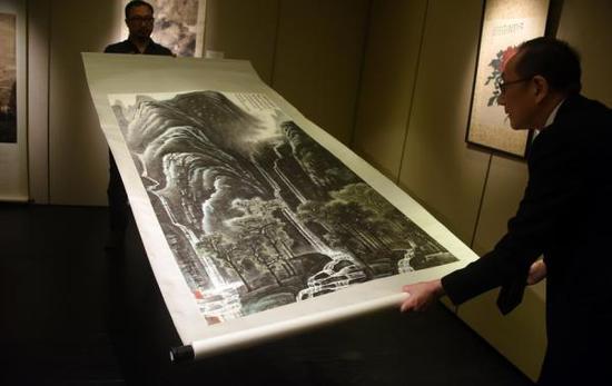香港苏富比将拍卖李可染山水画,估值7800万港元创新高