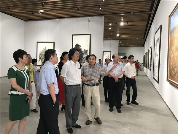 一带一路十省美术作品展在青岛宝龙美术馆开幕