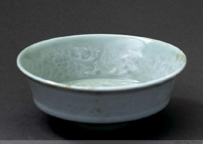 元代瓷器珍品欣赏:蓝釉、卵白釉和青釉