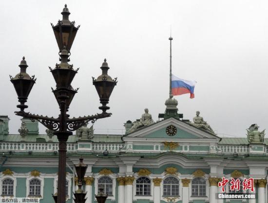 俄博物馆时钟停摆一个世纪 将于10月25日再启动