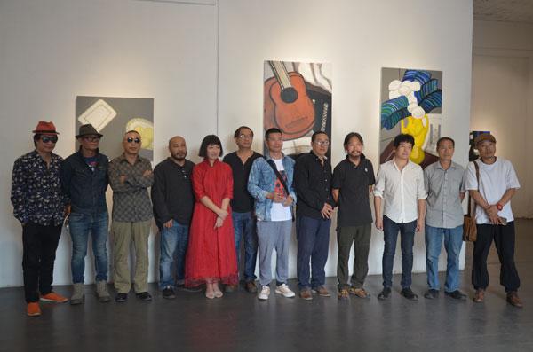 闲物——柳芳油画作品展在宋庄恩来美术馆开幕