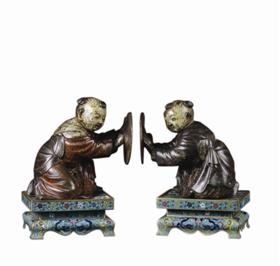 鉴藏:清初期铜胎彩釉描金童子摆件