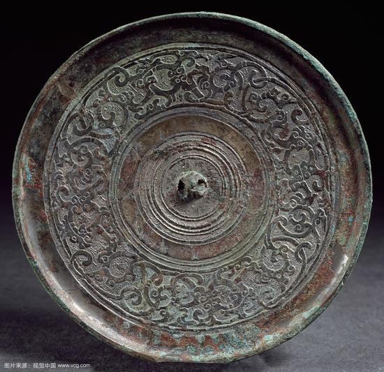 青铜镜为美人鉴容和记录爱情