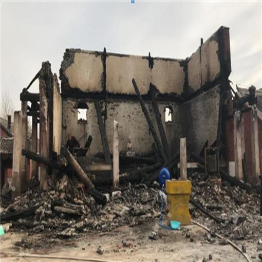 国保单位法轮寺配殿发生火灾 仅残余墙体及基础
