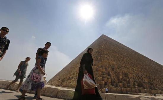 """埃及文物部门指责""""扫描金字塔""""团队擅自发布研究成果"""