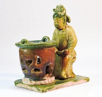 美轮美奂唐三彩钟式茶杯