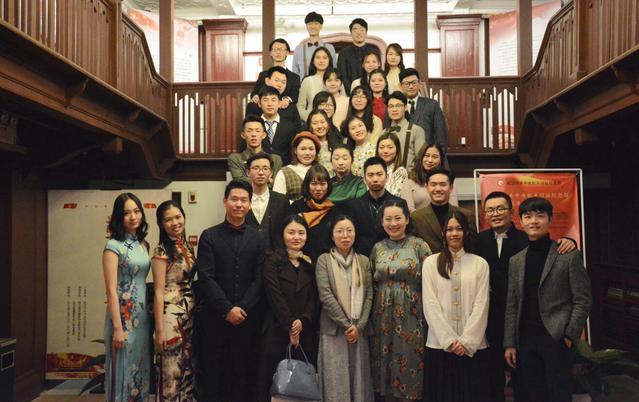 纪念馆之夜红色网站传播文物主题-中国文化沙龙设计精品课机械图片