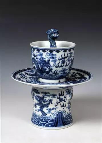 康熙心爱之物:九龙公道杯