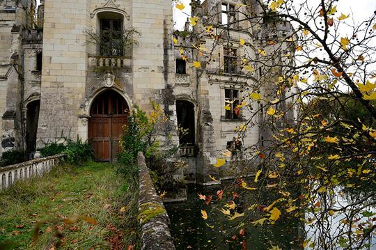 法国网站发起在线众筹集资拯救损毁城堡