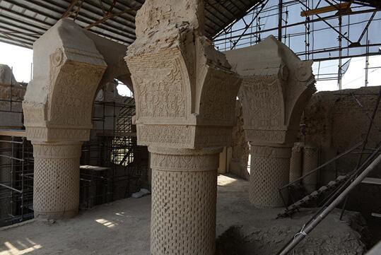 阿富汗北部神秘的九穹顶清真寺历经 1000 年屹立不倒