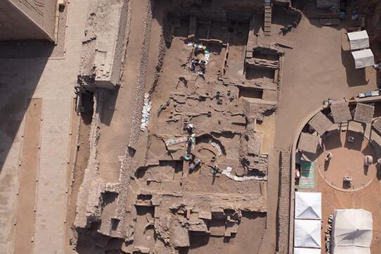 考古学家在阿斯旺发现古埃及采矿行政建筑遗迹