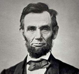 林肯如何机智化解尴尬
