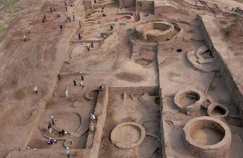 内蒙古发现约4000年前夏家店下层文化时期文字