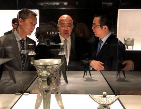 皇室与文人的青铜器收藏大展芝加哥艺术博物馆开幕