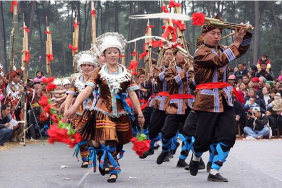 广西瑶族人的风俗习惯