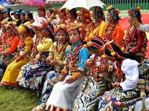 甘南区藏族的风俗习惯