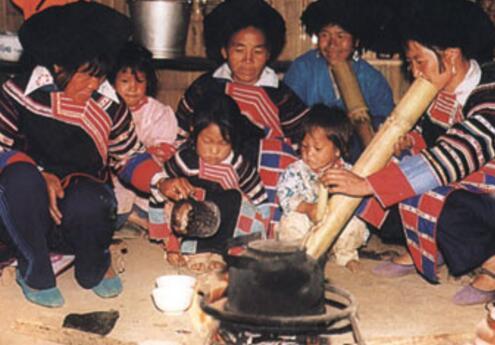 拉祜族的民族风俗