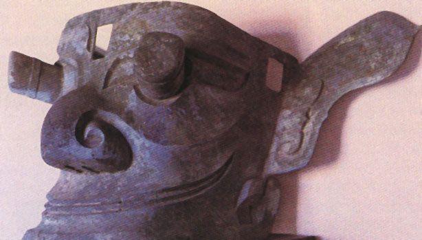 商代凸目青铜面具